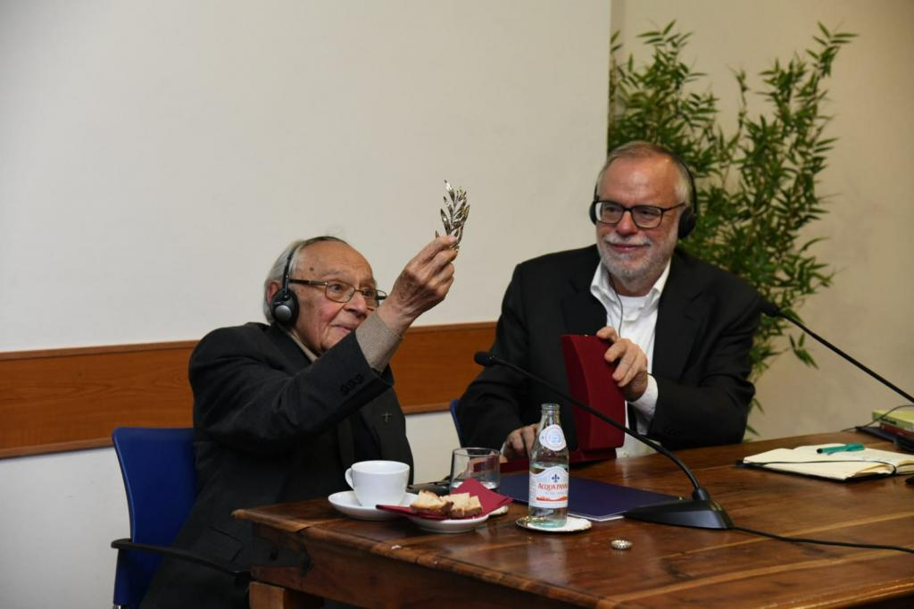 La teologia della liberazione è centralità dei poveri: Andrea Riccardi incontra padre Gutierrez